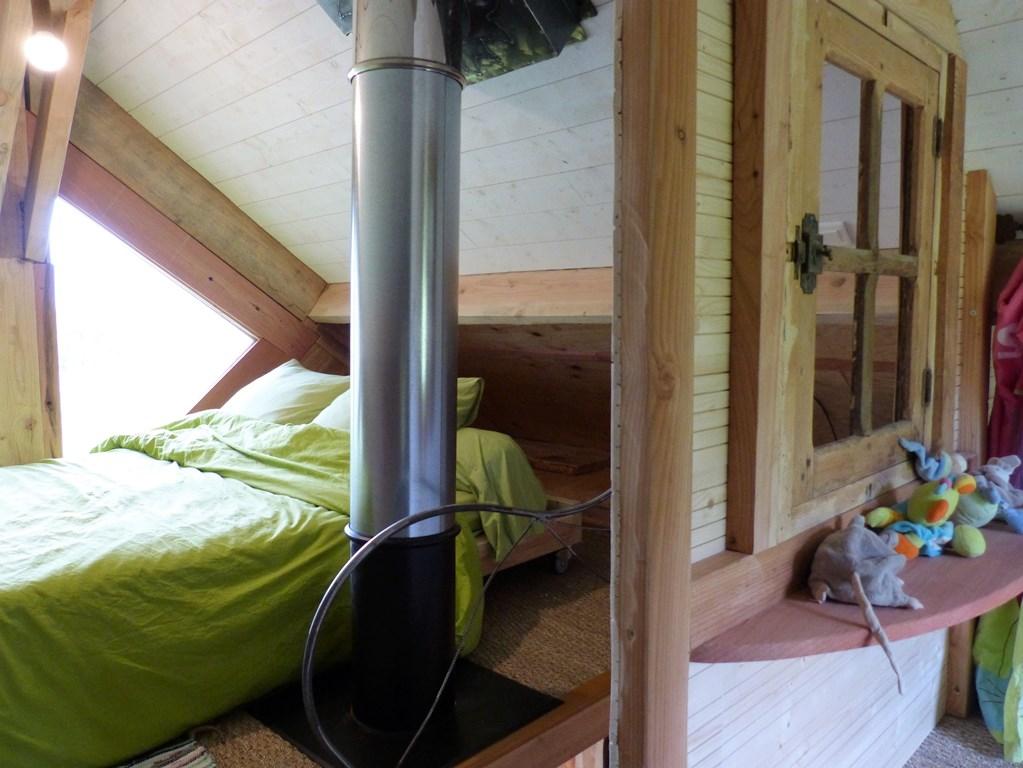 Cabane dans les arbres : chambre adulte