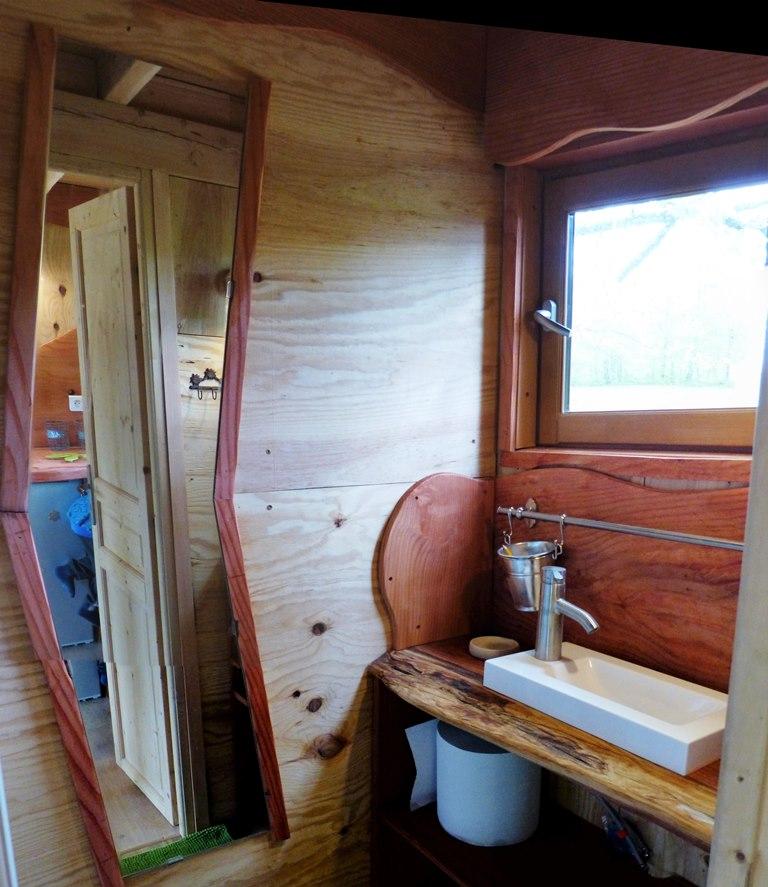 Cabane dans les arbres : salle de bain
